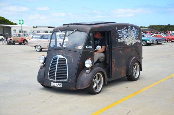 J-type van