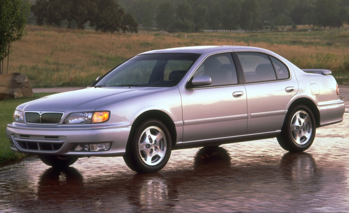 Cc capsule 2002 infiniti i35 future classic the maximum maxima but then in late 1995 infiniti added a softer tuned mid size front wheel drive v6 powered sedan that was for lack of a better term a gussied up nissan vanachro Images