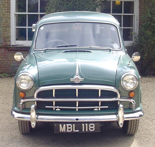 1955_morris_oxford_traveller_4