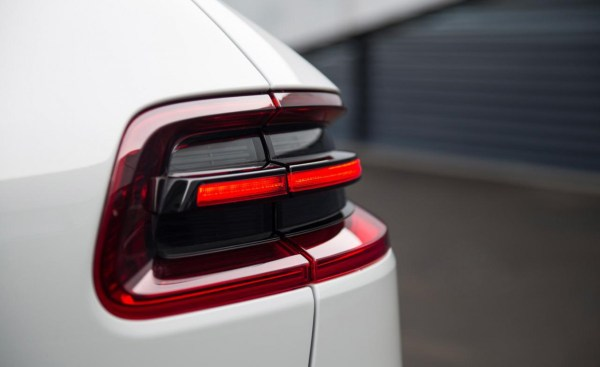 2015-porsche-macan-turbo-taillight-photo-575596-s-1280x782