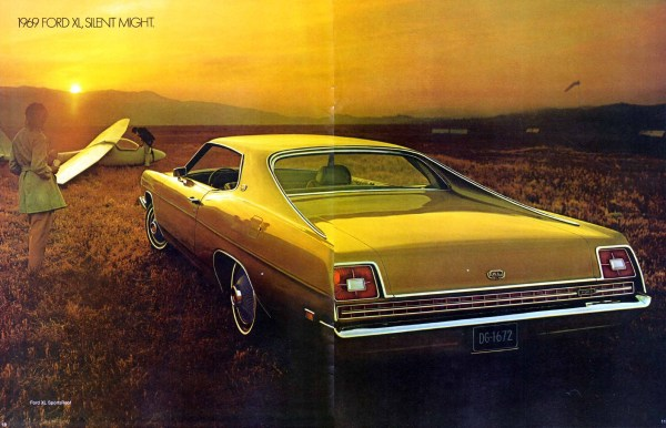 Ford 1969 XL brochure Full Size-10-11