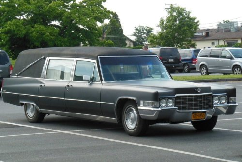 cadillac_hearse_in_strasburg_by_rlkitterman-d68nwx0