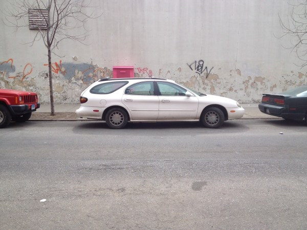 ford taurus wagon 199699 (4)