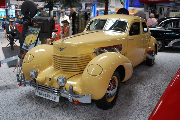 1280px-1937_Cord_GTO_Westchester_(6097100243)