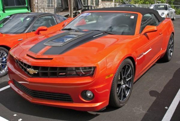 2011_Chevrolet_Camaro_SS_Conv._Callaway_Supercharged_SC572