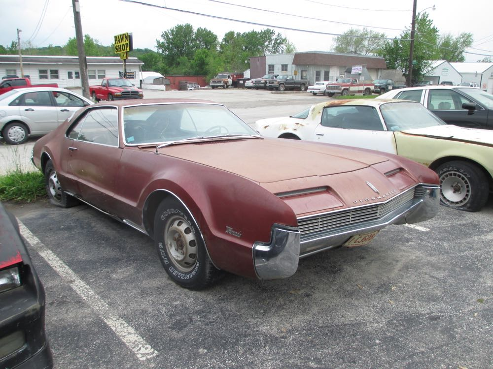 Cc Sales Lot The Second Midwest Branch The Agony Of Desire And
