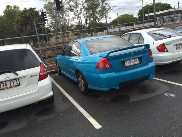 holden vz commodore turismo blue