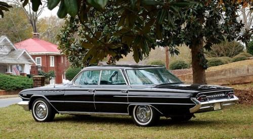 Buick 1961 Electra 225 sedan
