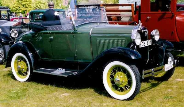 Ford 1930 _Model_A_40B_Roadster_PCB614