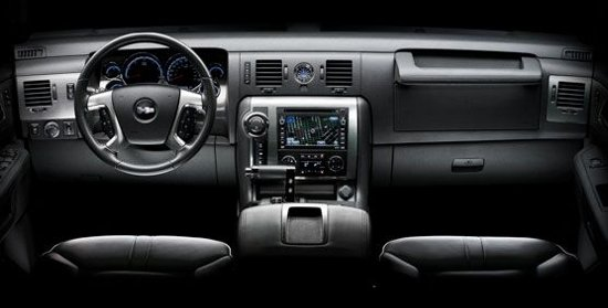 Interior-Hummer-H2-SUT-2010