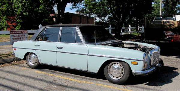 Mercedes 350 5.7 side