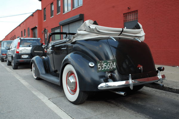 Ford 1937 conv rq