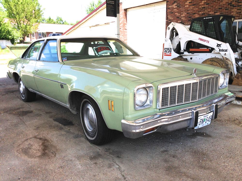 Curbside Classic: 1975 Chevrolet Chevelle Malibu Classic – A ...