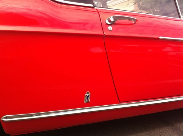 Peugeot 404 cabrio red Eugene 2