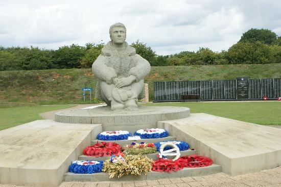 centre-piece-memorial