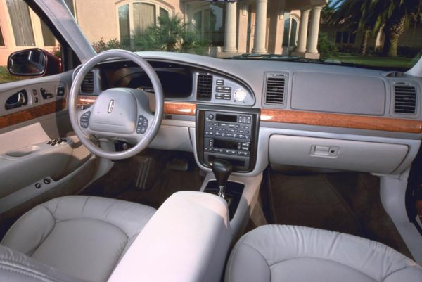 2001 lincoln continental interior