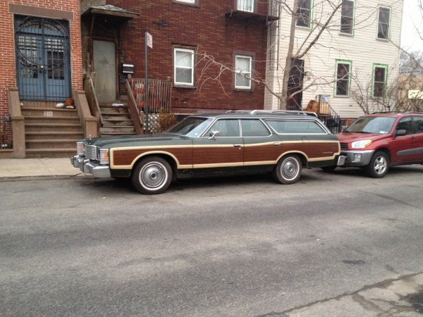 ford ltd country squire red hook (3)