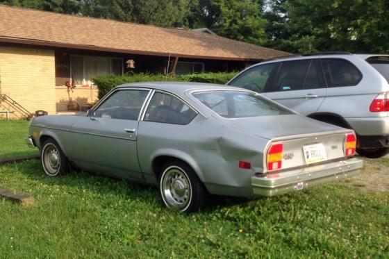 1976-77 Chevrolet Vega b