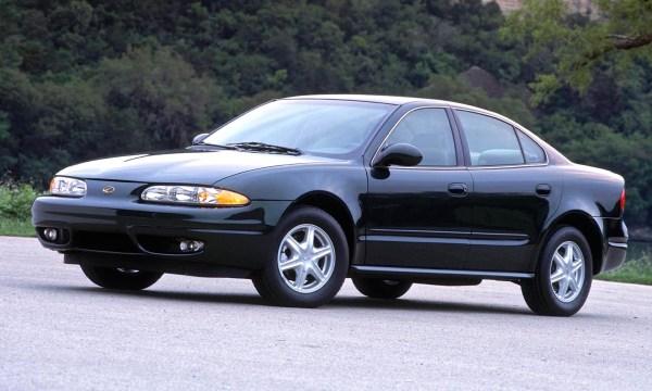 2003 Oldsmobile Alero GL Sedan