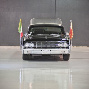 popemobile-lehmann-peterson-1964-lincoln-continental-4