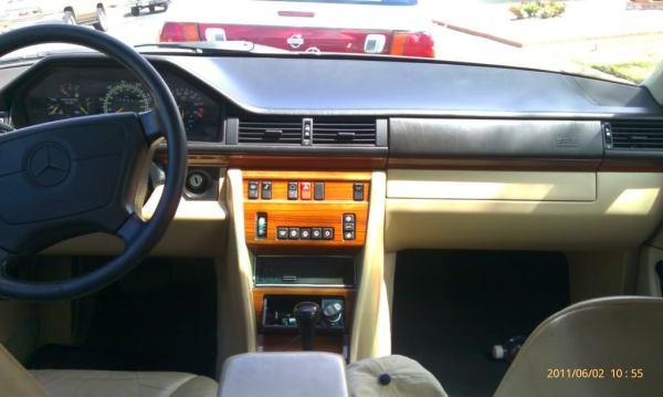 1993 300e interior