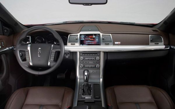 2010-lincoln-mks-ecoboost-interior