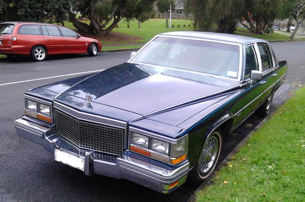 Cadillac 1981 COAL fq
