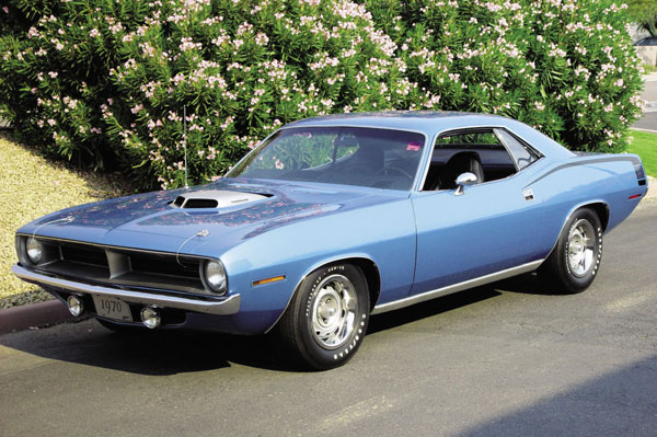 Plymouth Barracuda 1970 blue
