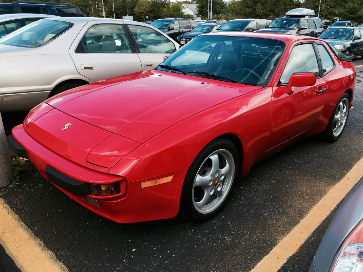 Curbside classic 19855 porsche 944 the unconventional daily driver with more versatile models such as the cayenne panamera and macan im sure the number of porsches serving as daily drivers has increased significantly in vanachro Choice Image