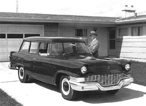 studebaker_champion_scotsman_wagon-bw