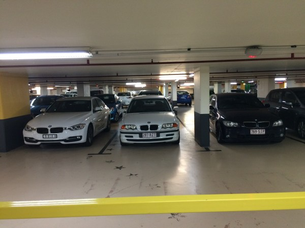 three bmw 3 series