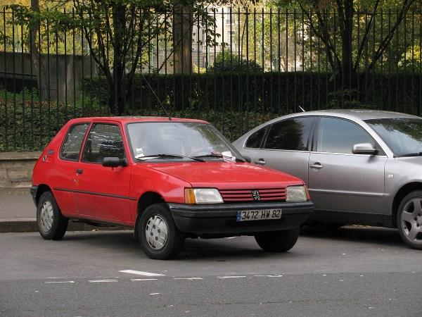 1983-98 Peugeot 205 Bir-Hakeim 20131116