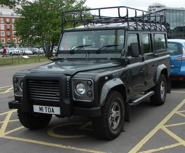 2004-land-rover-defender-110.1