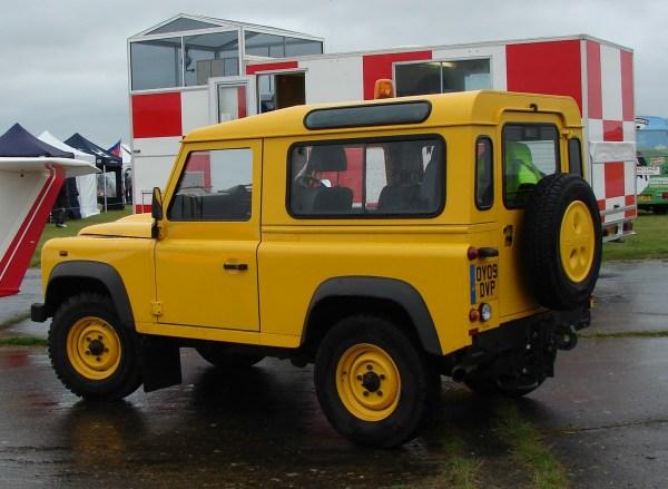 2009-Land-rover-defender-90inch.1