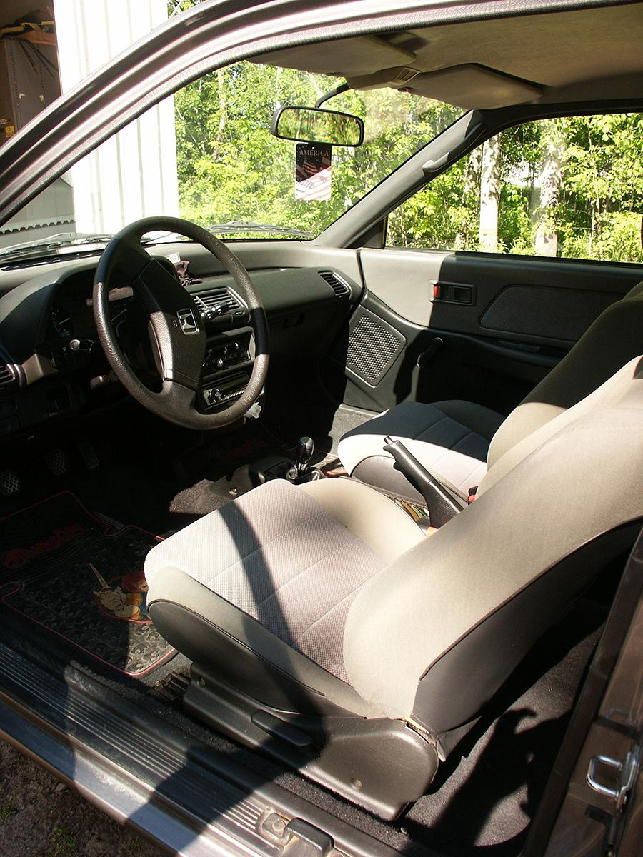 Curbside Classics 1990 2003 Honda Civic A Tale Of Two Civics Crx Timing Belt Engine Mechanical Problem Dx Interior Oem Seats And Thundercats Floormats Shown