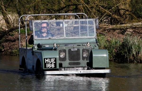 Land-Rover-HUE-166.1