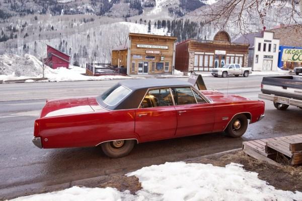 PlymouthFuryIII_1968