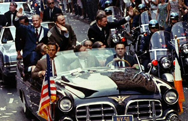 Apollo_11_Parade