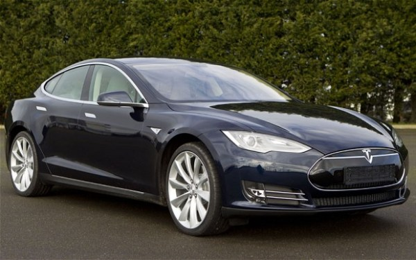 Tesla-1_2838116b