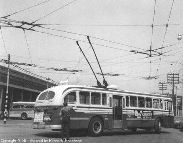 trolleybus-9702-27