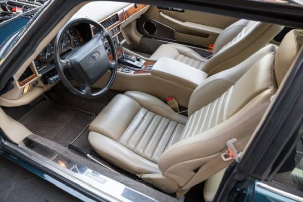 2 - Jaguar XJS