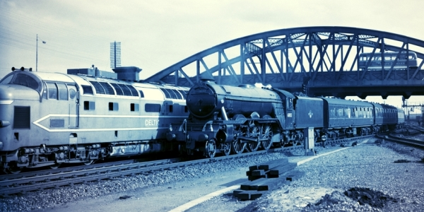 BR-4-6-2-locomotive-No_60103-with-the-downTees-Thames-Express-atPeterborough-in-1960