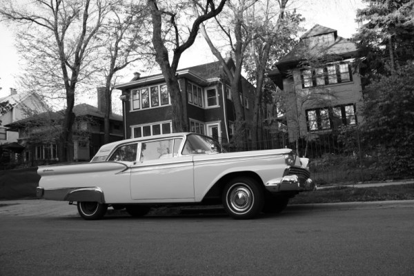 027 - 1959 Ford Galaxie B&W CC