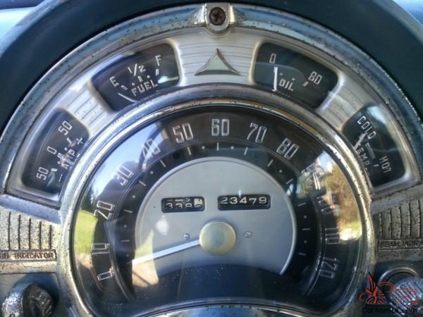 Four Gauges Surround the Speedometer. Three Work.