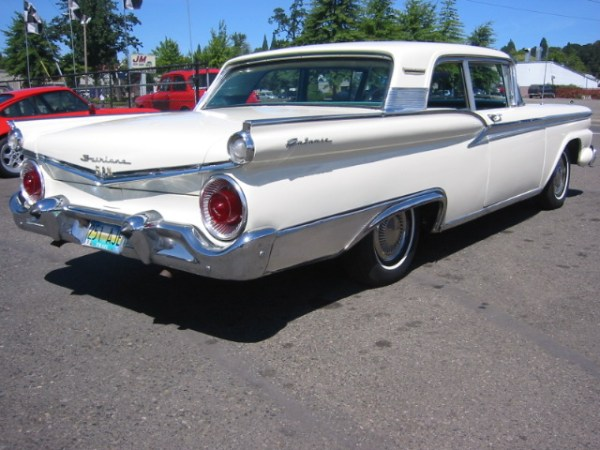 Rear view of the 1959 Galaxie 500 (paging Del Shannon) https://www.youtube.com/watch?v=nQS16P2m2Lc