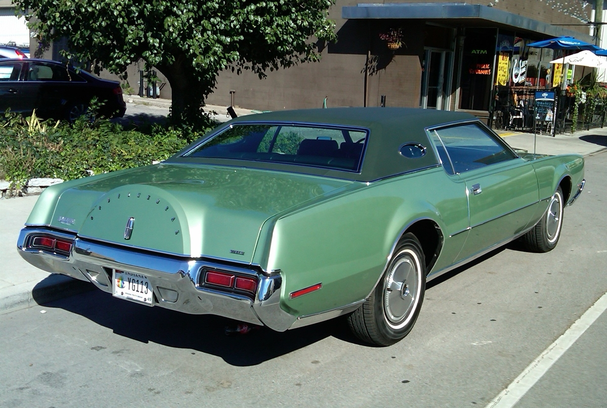 Curbside Classic: 1972 Lincoln Continental Mark IV – About Fathers ...