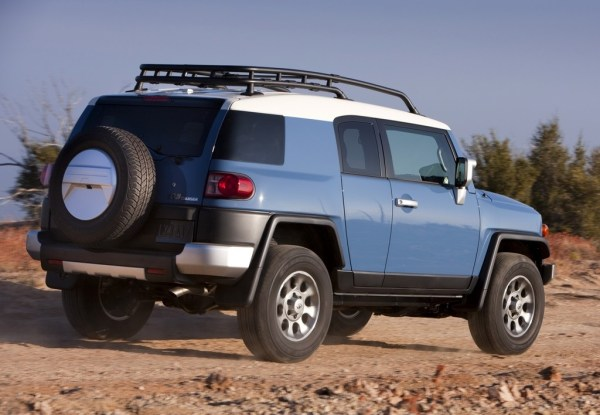 FJ Cruiser rear