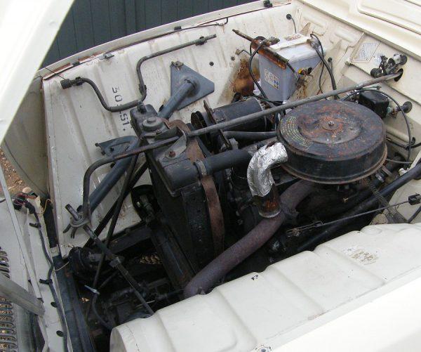 Renault R4 engine