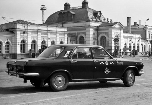 USSR_volga_taxi