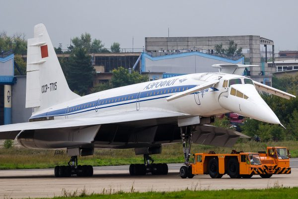 cccp-77115-aeroflot-russian-airlines-tupolev-tu-144d_PlanespottersNet_407447